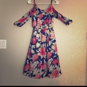 Dresses & Skirts - Floral cold shoulder dress